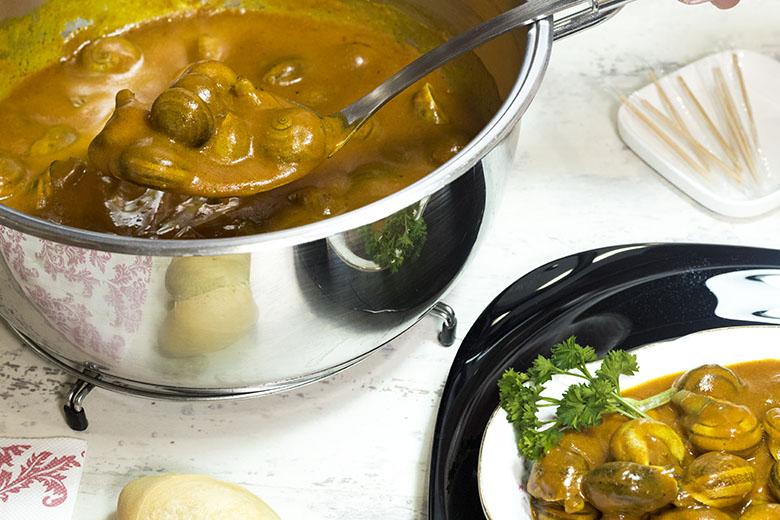 Caracoles en salsa-3