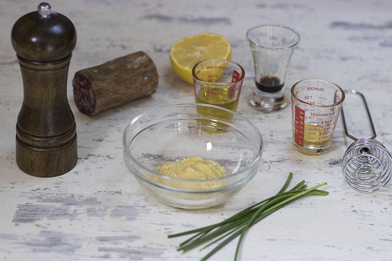 Ingredientes para el tartar de salchichón ibérico