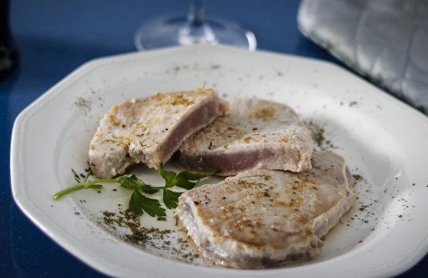 Lomos de atún especiados